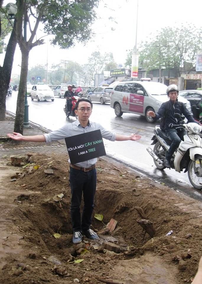"""Anh Tuấn cho biết là một kiến trúc sư, với việc làm này, anh mong mọi người hãy cùng nhau bảo vệ """"lá phổi"""" thành phố"""