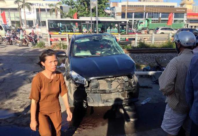 Chiếc xe ô tô bị hư hỏng nặng sau vụ tai nạn