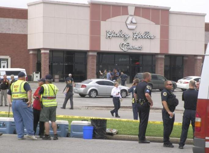Rạp chiếu phim tại TP Nashville, bang Tennessee bị xả súng hôm 4-8. Ảnh: Reuters