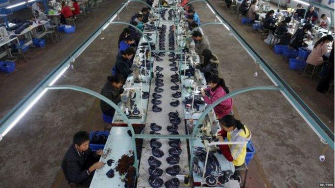Động thái phá giá đồng nhân dân tệ của Trung Quốc được xem là nhằm bảo vệ việc làm trong nước. Ảnh: Reuters