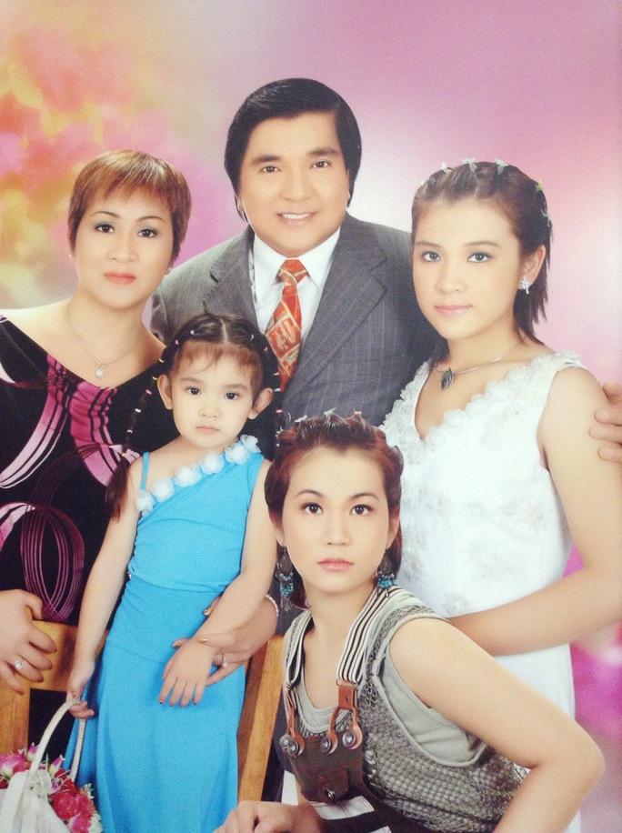 Gia đình nghệ sĩ Chí Tâm