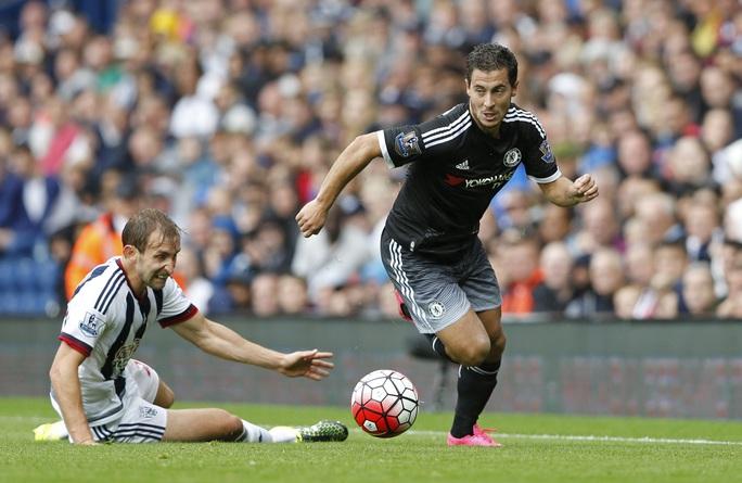 Hazard chơi tốt cuối hiệp 2 nhưng cũng bỏ lỡ 1 cơ hội tốt