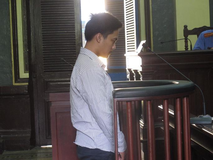 Bị cáo Lê Hữu Nghĩa nghe tuyên án