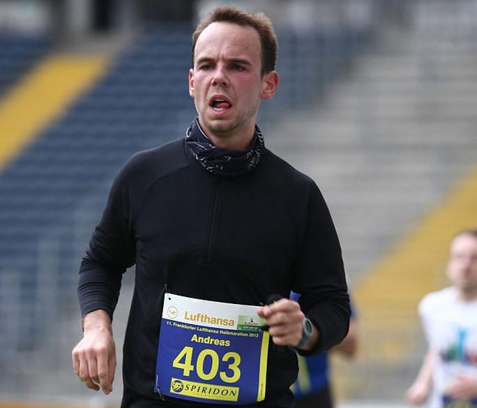 Andreas Lubitz trong một cuộc đua marathon của hãng Lufthansa. Ảnh: BILD