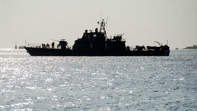 Tàu hải quân Iran. Ảnh: Reuters