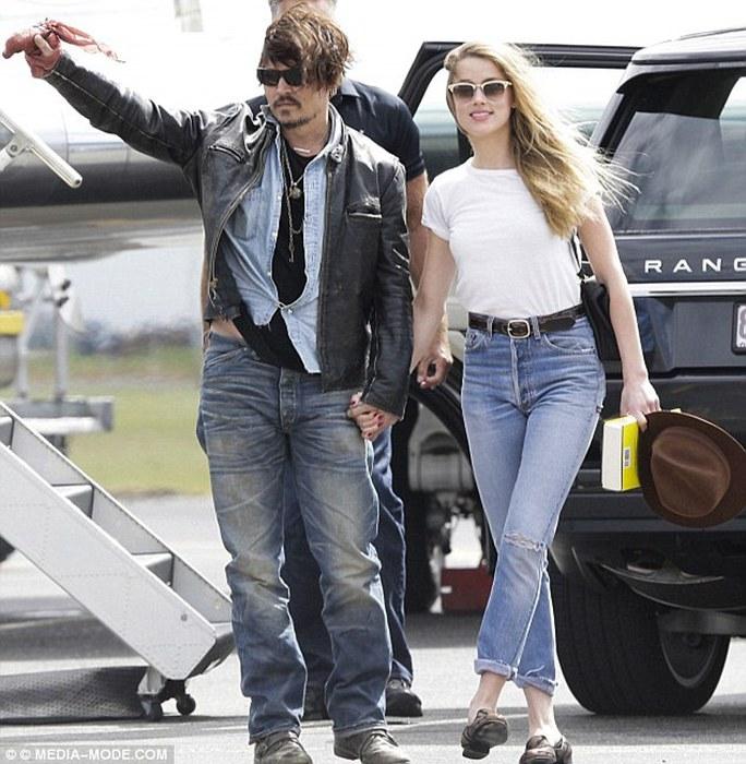 Vợ chồng nhà Johnny Depp