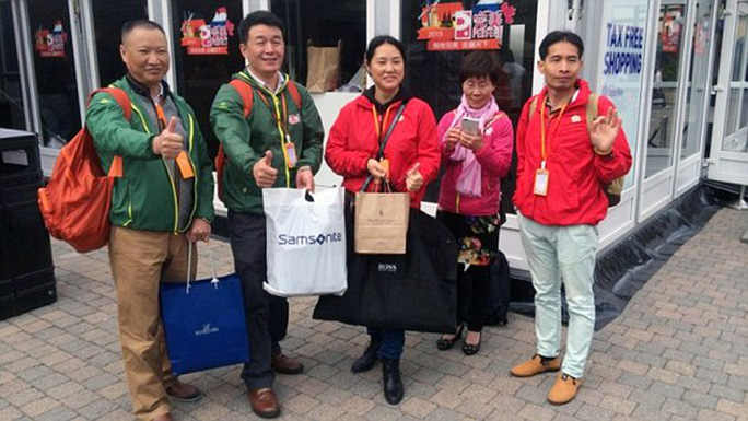 Các nhân viên Trung Quốc rất chịu chi. Ảnh: Daily Mail