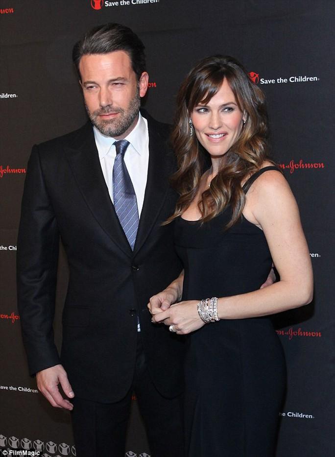 Ben Affleck và Jennifer ly dị