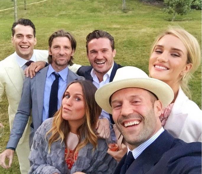 Tự sướng tại đám cưới