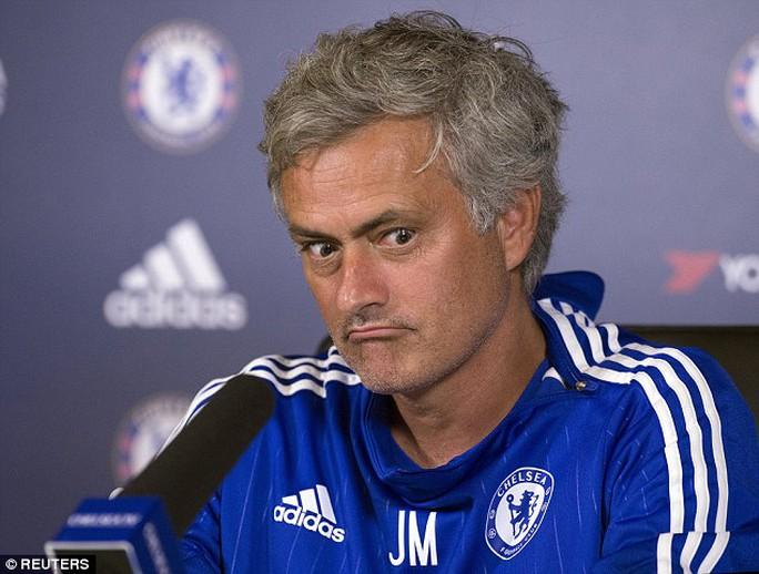 HLV Mourinho đang thất vọng với chính mình