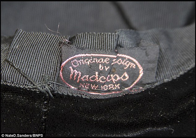Cái nón được rao bán với giá hơn 700 triệu đồng