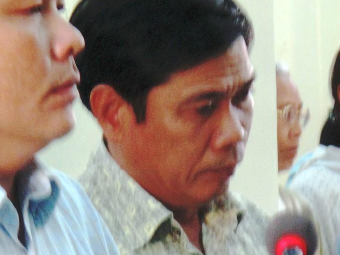 Bị cáo Lê Đức Hoàn nghe tòa tuyên án