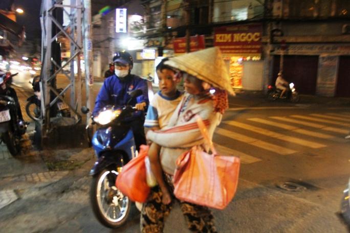 Đường phố Sài Gòn vẫn còn nhiều ăn xin