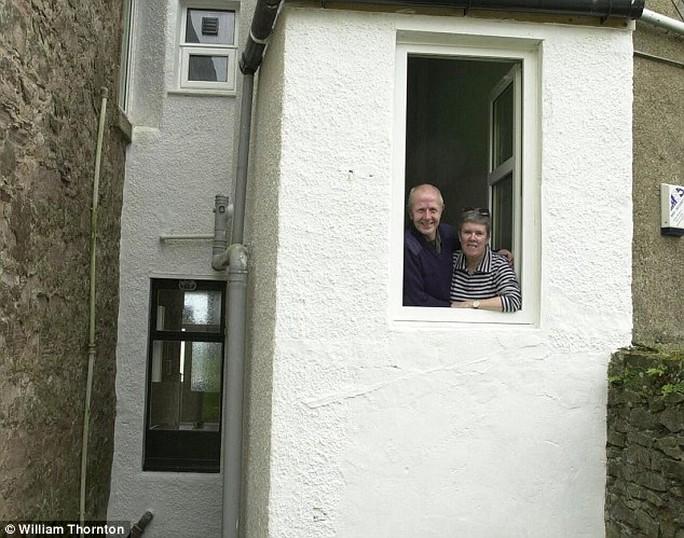 Căn nhà hẹp nhất thế giới với mặt tiền chỉ rộng 1,2 m. Ảnh: Daily Mail