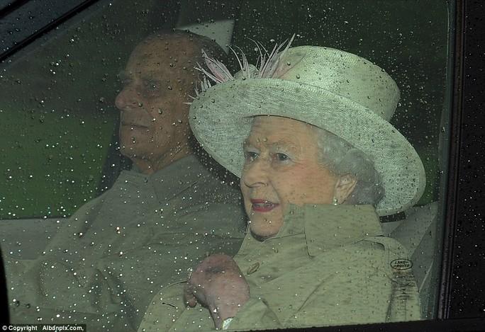 Nữ hoàng Elizabeth đi nghỉ ở Norfolk. Ảnh: Albanpix