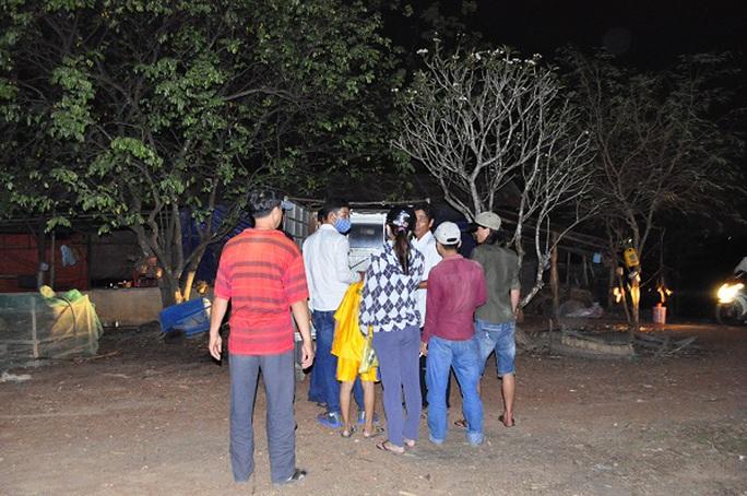 Thi thể nạn nhân được gia đình đưa về mai táng