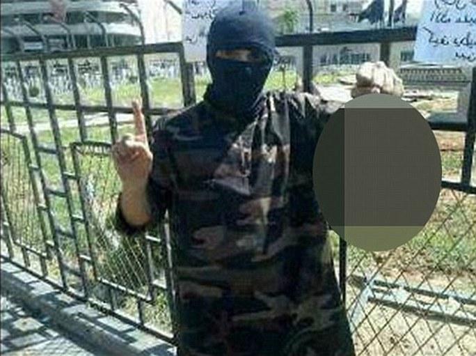 Tên đồ tể đáng sợ nhất của IS lộ diện