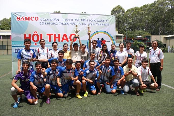 Đội bóng đá cảng Phú Định đoạt chức vô địch môn bóng đá mini tại hội thao CNVC-LĐ Samco