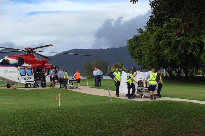 Các nạn nhân bị thương nặng được trực thăng đưa đến bệnh viện. Ảnh: ABC