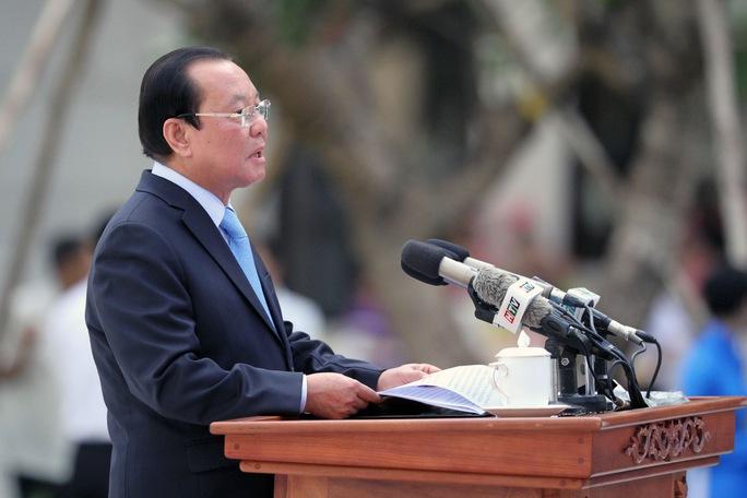 Bí thư Thành ủy TP HCM Lê Thanh Hải phát biểu tại lễ khánh thành Tượng đài Chủ tịch Hồ Chí Minh
