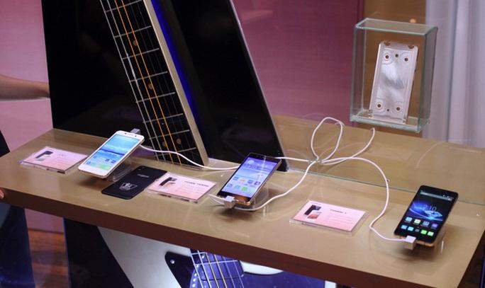 Thị trường Việt Nam vừa đón nhận loạt smartphone mới, trong ảnh là các smartphone mới của Mobiistar