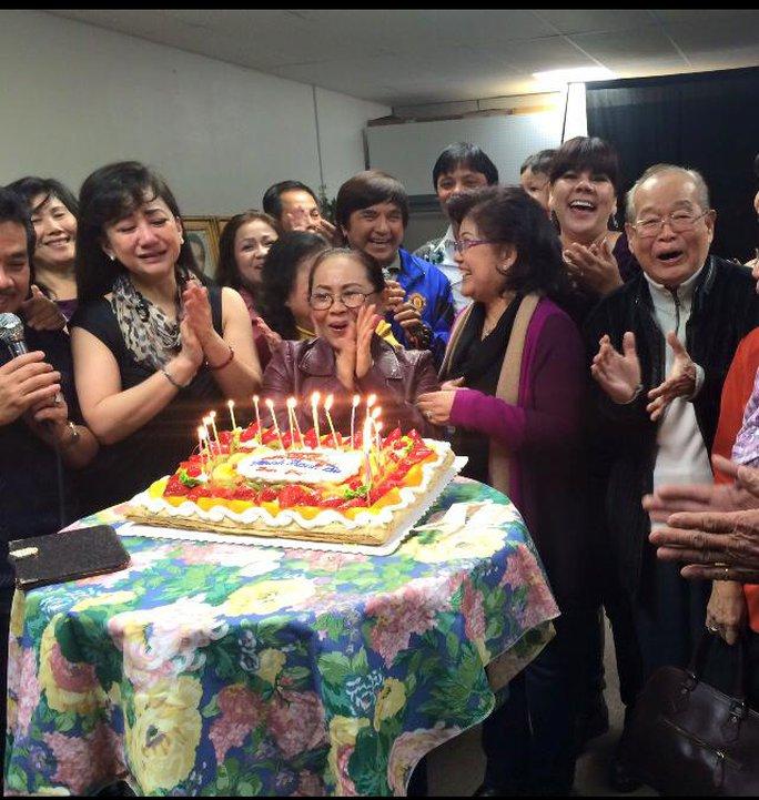 NSƯT Thanh Thanh Tâm và các nghệ sĩ hải ngoại trong ngày sinh nhật mình