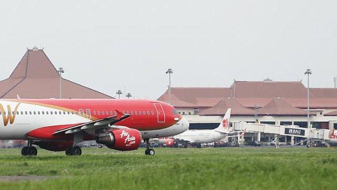 Indonesia đang tiến hành kiểm tra tất cả hãng hàng không nước này. Ảnh: Straits Times