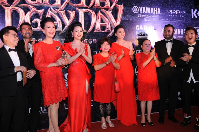 Ngô Thanh Vân tàn tạ nhan sắc vì phim Tết