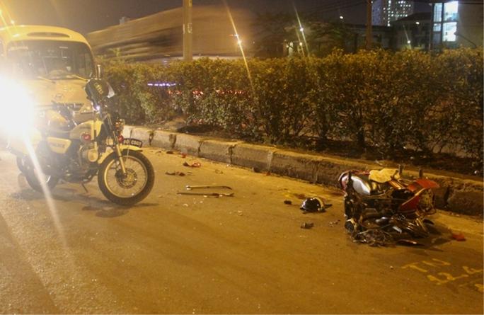 2 vụ tai nạn trong đêm, 3 người bị thương nặng