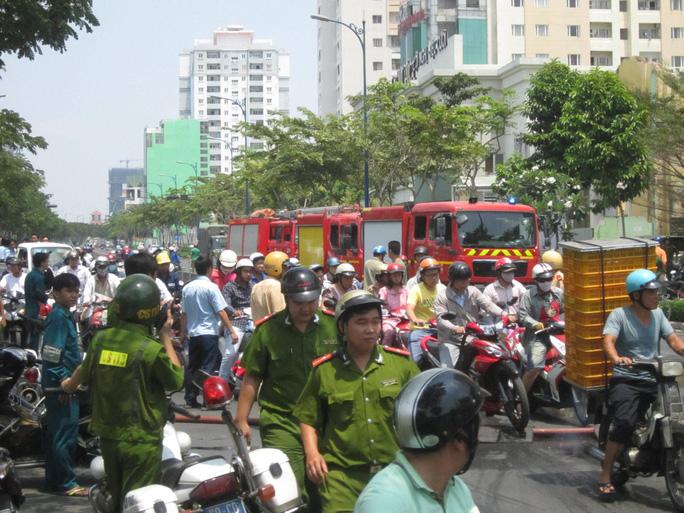 Lực lượng chữa cháy được huy động tối đa