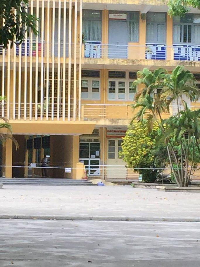 Ngôi nhà trong trường ĐH Bách Khoa Hà Nội, nơi xảy ra vụ việc