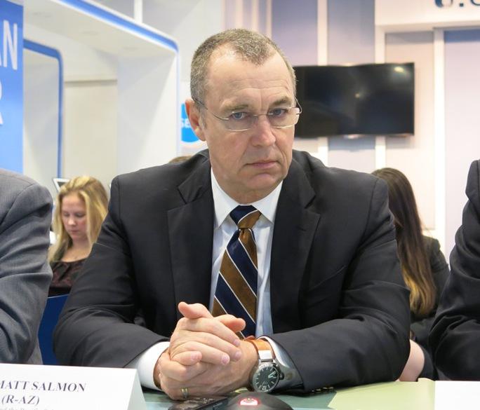 Ông Matt Salom, Chủ tịch Tiểu ban châu Á-Thái Bình Dương (UB Đối ngoại Hạ viện Mỹ)
