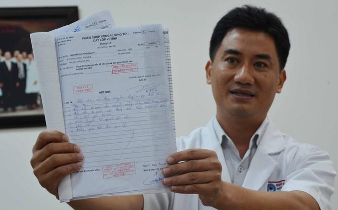 Theo ông Nhân, thời điểm chụp CT cho bệnh nhân, người nhà vẫn chưa đóng viện phí