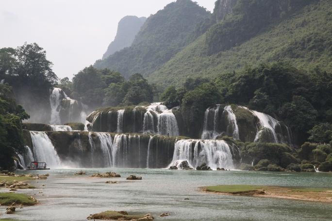 Việt Nam và Trung Quốc thỏa thuận chuẩn bị để ký hiệp định về thác Bản Giốc - Ảnh: Phạm Dương