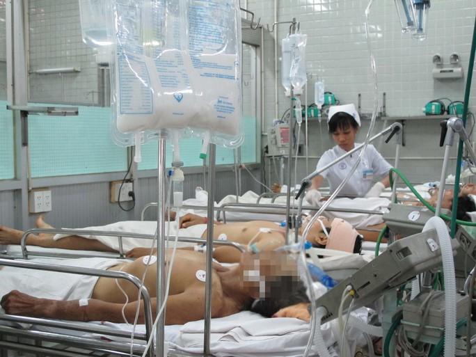 Tết Nguyên đán vừa qua, trung bình mỗi ngày Bệnh viện Chợ Rẫy (TP HCM) tiếp nhận 10 ca chấn thương do đánh nhauẢnh: Phạm Dũng