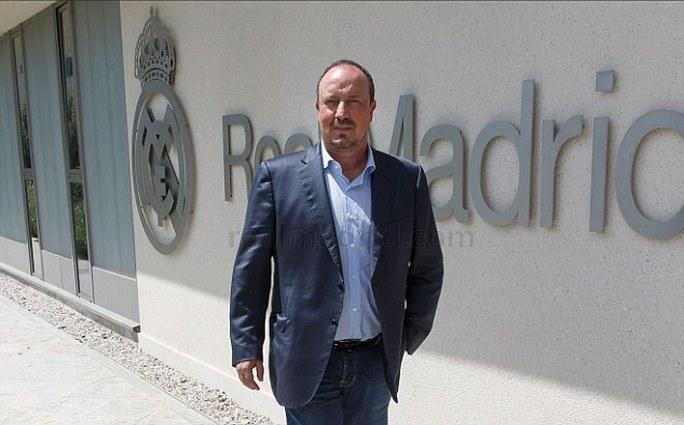 HLV Benitez đã có mặt tại Real để chuẩn bị cho buổi ra mắt