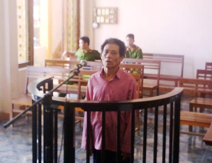Bùi Thanh Tùng tại phiên tòa ngày 12-8