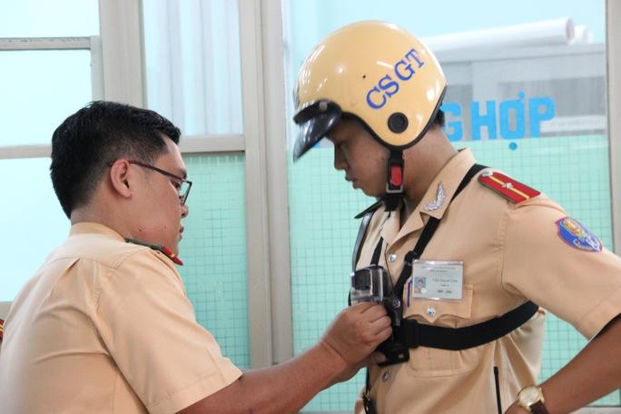 Hết chối cãi với camera hành trình của CSGT