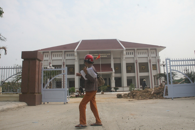 Bảo tàng tỉnh Quảng Nam được xây dựng bề thế với tổng vốn đầu tư gần 90 tỉ đồng  Ảnh: TRẦN THƯỜNG
