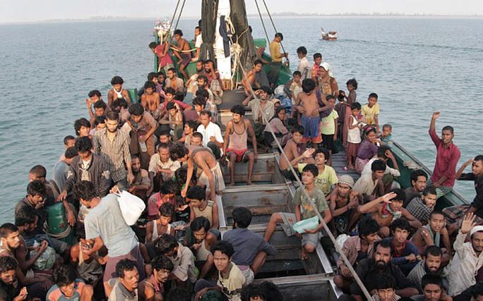 Không có tư cách công dân, người Rohingya đang tìm cách rời bỏ Myanmar Ảnh: AP