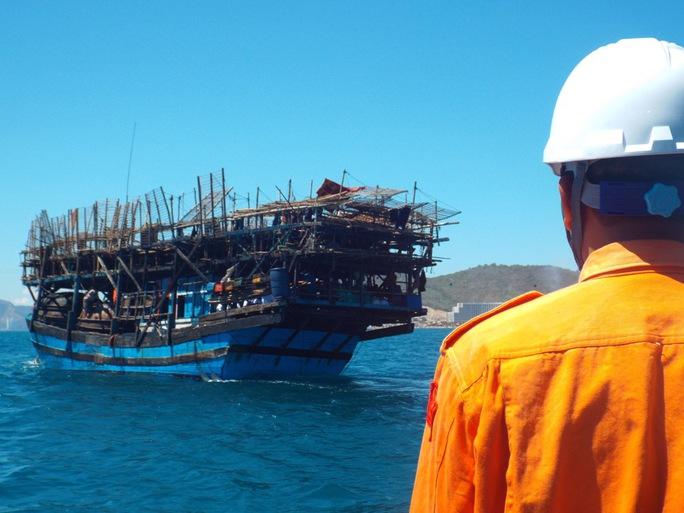 Trung tâm phối hợp TKCN Hàng hải Khu vực IV cứu nhiều ngư dân gặp nạn ở Trường Sa