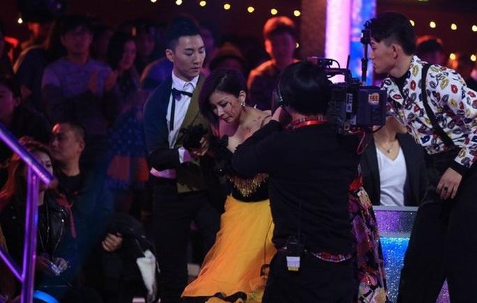 Ôn Lam bị thương tại chương trình truyền hình thực tế
