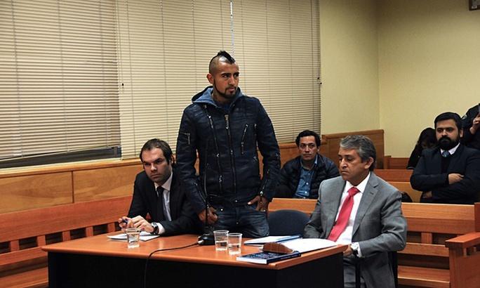 Vidal sẽ không được cầm vô lăng trong vòng 2 năm