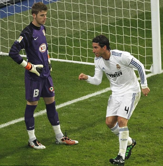Thủ môn De Gea và Ramos đổi CLB với nhau là điều hoàn toàn có thể xảy ra