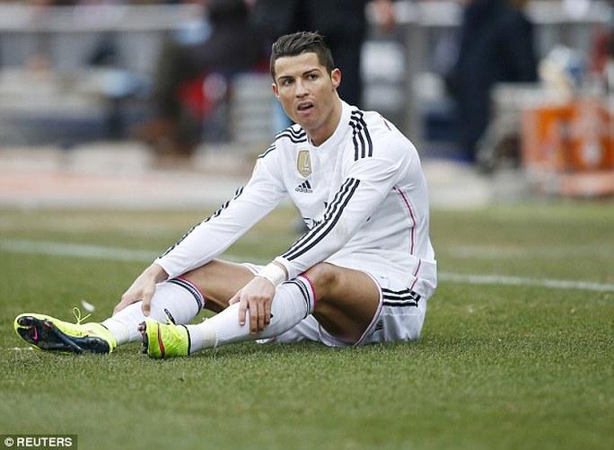Quả bóng vàng FIFA 2014 gặp nhiều rắc rối trong thời gian qua