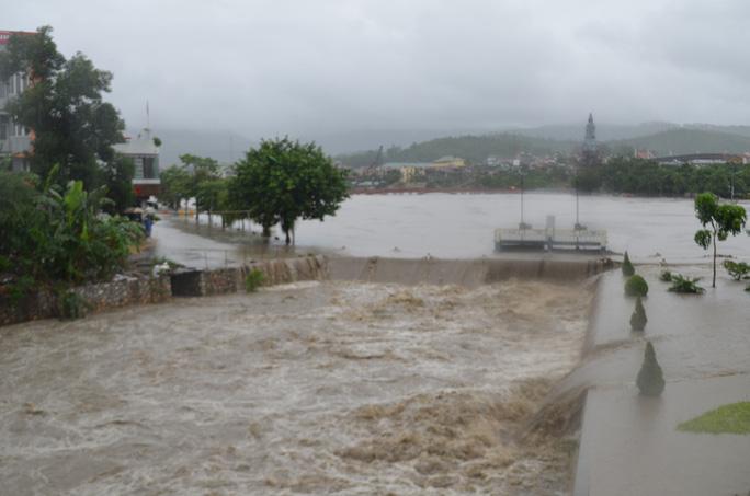 Quảng Ninh: Sau trận mưa lũ lịch sử, TP Uông Bí lại bị ngập sâu