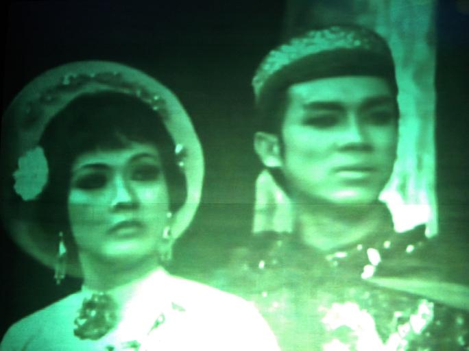 NSƯT Thanh Sang và Thanh Nga trong vở Tiếng trống Mê Linh