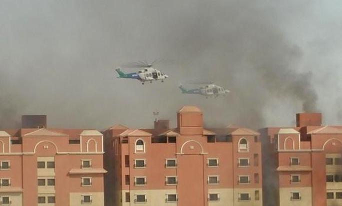 Khu dân cư thuộc tập đoàn Aramco phát cháy. Ảnh: Arab News