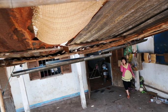 Căn nhà trọ chắp vá,mỗi tháng anh Tuấn phải trả 1 triệu đồng