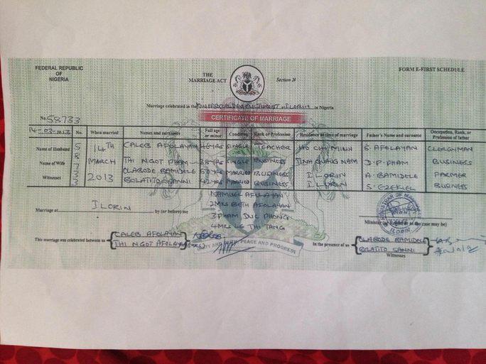 Giấy kết hôn giữa bà Ngọt và người chồng nước ngoài do Nigeria cấp